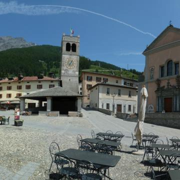 a view of Piazza Cavour in Bormio