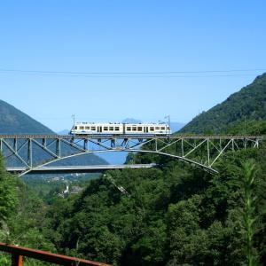 Ferrovia Vigezzina Centovalli in estate