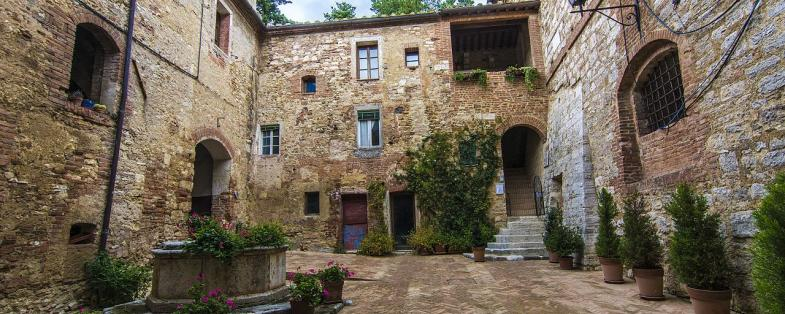 historical center of Serre di Rapolano