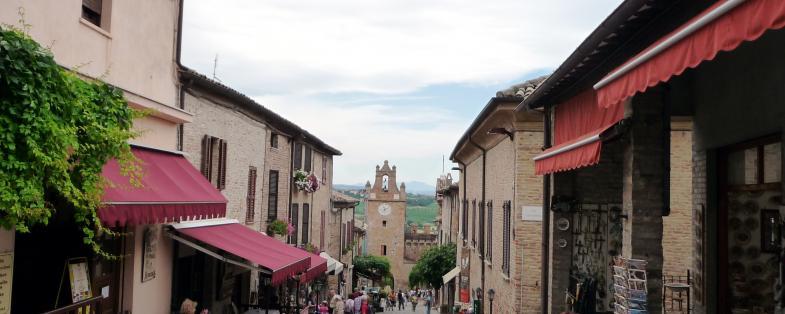 Strade del borgo di Gradara