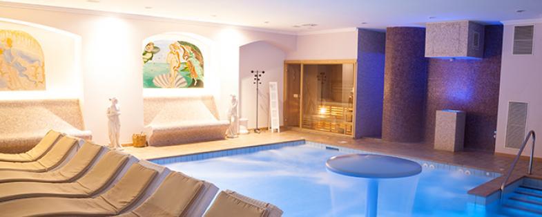 indoor pool of Monte Grimano baths