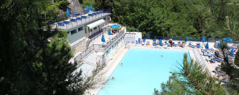 outdoor pool of San Filippo spa