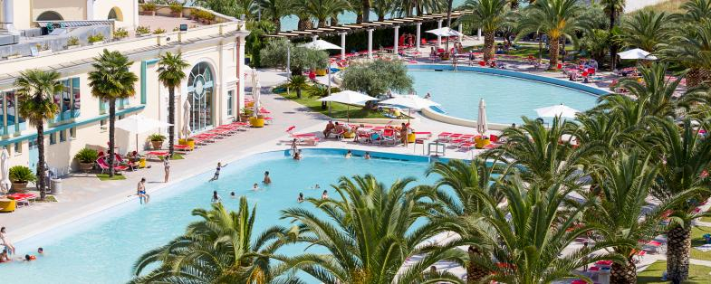 outdoor pool of Tivoli's thermal baths