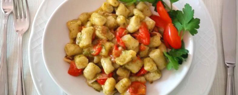 un piatto tipico di gnocchetti sanaccioli